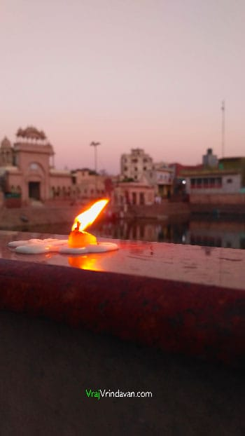Offering Lamps at Radha Kund