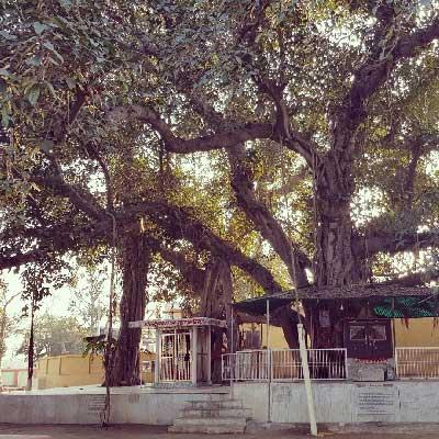 Main temple at Bhandirvan